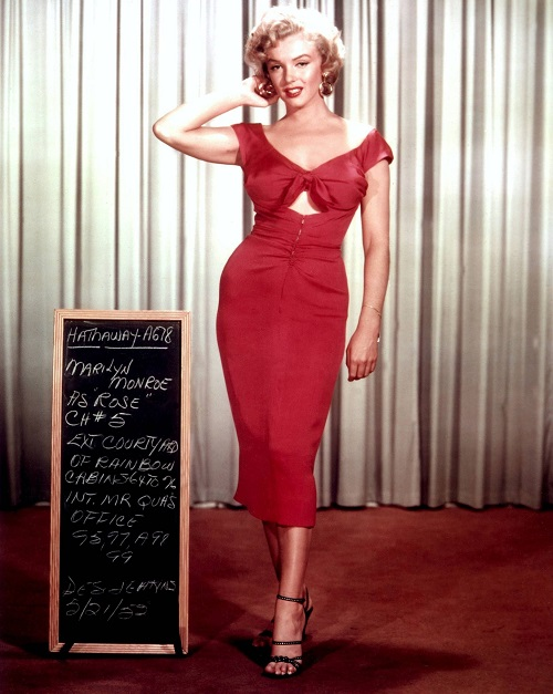 marilyn-monroe-in-red-dress