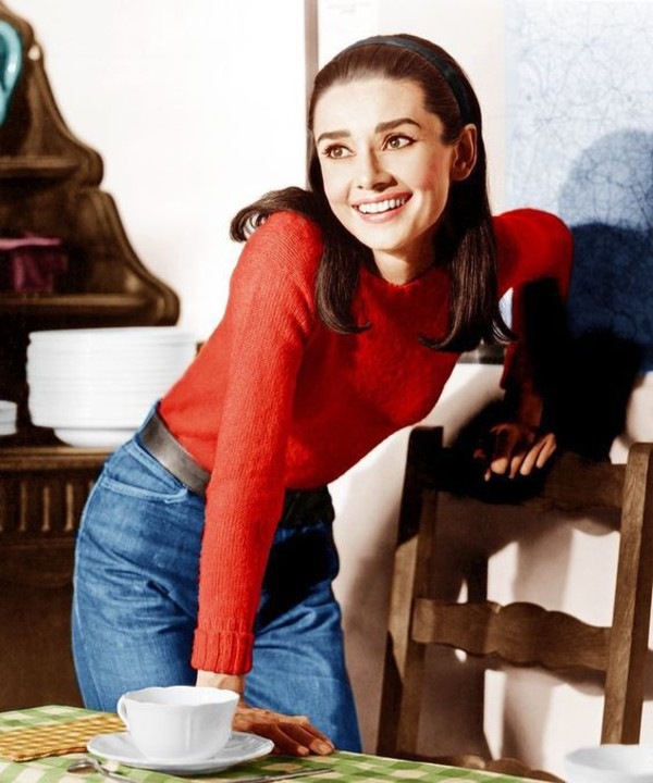 audrey-hepburn-in-jeans-in-two-for-the-road