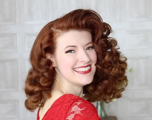jessica-out-of-the-closet-rita-hayworth-hair-tutorial