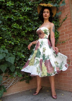 miss-lark-bahar-in-marianne-floral-chiffon-dress