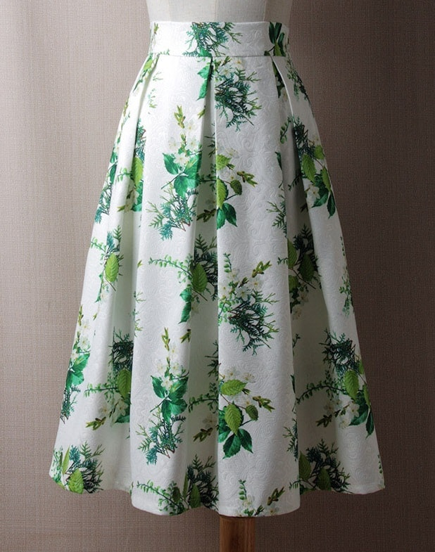 green-and-white-floral-pleated-retro-skirt
