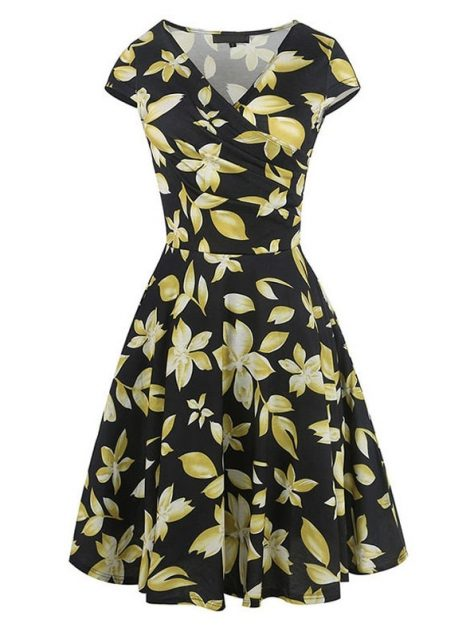 be-lovely-50s-style-floral-dress